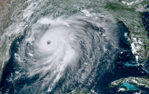 https://s.abcnews.com/images/US/hurricane-laura-sat-ap-jc-200826_1598474219094_hpMain_16x9_992.jpg